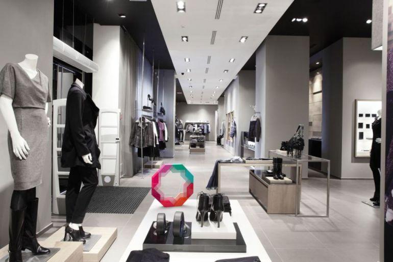 luxury-fashion-store-73b07e74